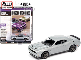 2019 Dodge Challenger Hellcat Redeye Triple Nickel Silver Metallic Hemmings Muscle Machines Magazine Cover Car September 2019 Limited Edition 10816 pieces Worldwide 1/64 Diecast Model Car Autoworld 64272 AWSP049 B