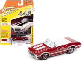 1970 Oldsmobile Cutlass 442 Convertible Matador Red White Stripes White Interior Classic Gold Collection Limited Edition 3008 pieces Worldwide 1/64 Diecast Model Car Johnny Lightning JLCG022 JLSP102 B