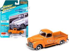 1950 Chevrolet 3100 Pickup Truck Omaha Orange Classic Gold Collection Limited Edition 4016 pieces Worldwide 1/64 Diecast Model Car Johnny Lightning JLCG022 JLSP106 A