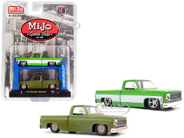 1975 Chevrolet Silverado Pickup Truck Bright Green 1975 Chevrolet Silverado Pickup Truck Green Dirty Version Set of 2 pieces Auto-Lift MiJo Speed Shop Limited Edition 7200 pieces Worldwide 1/64 Diecast Model Car M2 Machines 33000-MJS01