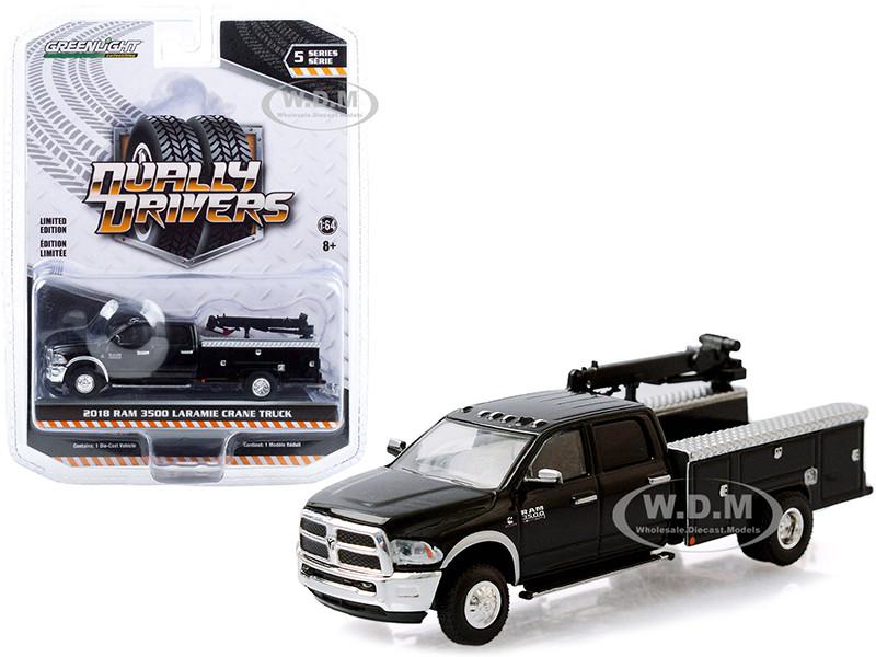 2018 Ram 3500 Laramie Dually Crane Truck Brilliant Black Dually Drivers Series 5 1/64 Diecast Model Car Greenlight 46050 B