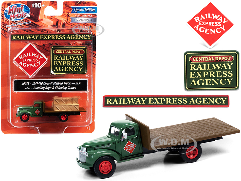 1941 1946 Chevrolet Flatbed Truck Green Shipping Crates Building Signs Railway Express Agency 1/87 HO Scale Model Classic Metal Works 40018