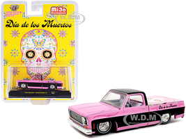 1973 Chevrolet Custom Deluxe 10 Pickup Truck Bed Cover Pink Metallic Black Dia de los Muertos Day of the Dead Limited Edition 5500 pieces Worldwide 1/64 Diecast Model Car M2 Machines 31500-MJS31