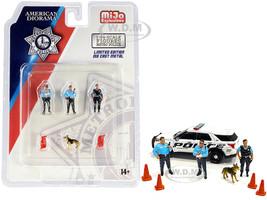 Metropolitan Police 8 piece Diecast Set 3 Figurines 1 Dog 4 Accessories 1/64 Scale Models American Diorama 76459