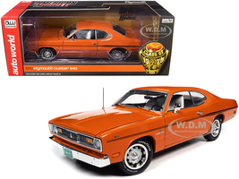 1970 Plymouth Duster 340 Two-Door Coupe EK2 Vitamin C Orange Black Stripes White Interior Class of 1970 1/18 Diecast Model Car Autoworld AMM1239