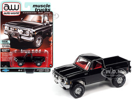 1980 Chevrolet Custom Deluxe Stepside Pickup Truck Midnight Black Red Interior Muscle Trucks Limited Edition 17008 pieces Worldwide 1/64 Diecast Model Car Autoworld 64282 AWSP057 A