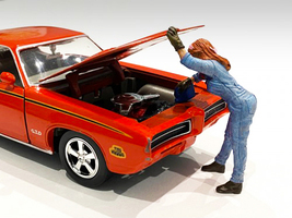 Retro Female Mechanic II Figurine 1/24 Scale Models American Diorama 38345