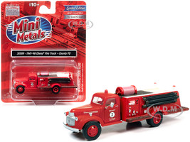 1941 1946 Chevrolet Fire Truck County Volunteer Fire Department Red 1/87 HO Scale Model Classic Metal Works 30599