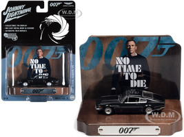 1987 Aston Martin V8 Cumberland Gray Collectible Tin Display 007 James Bond No Time to Die 2021 Movie 25th James Bond Series 1/64 Diecast Model Car Johnny Lightning JLDR014 JLSP119