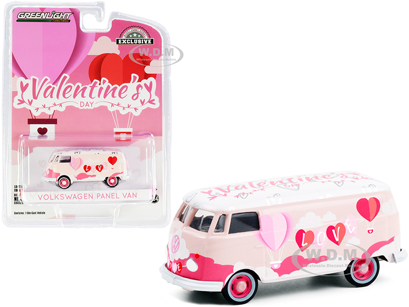 Volkswagen Panel Van Valentine's Day 2021 Hobby Exclusive 1/64 Diecast Model Greenlight 30251