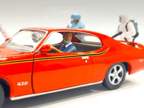 Hazmat Crew Figurine III 1/24 Scale Models American Diorama 76369