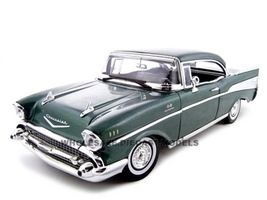 1957 Chevrolet Bel Air Hard Top Green 1/18 Diecast Model Car Motormax 73180