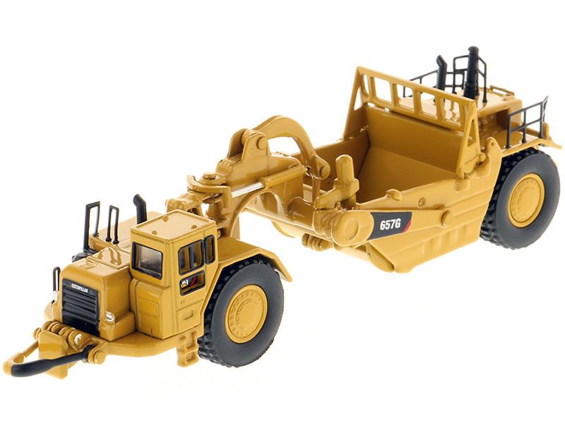 CAT Caterpillar 657G Wheeled Scraper Tractor High Line Series 1/125 Diecast Model Diecast Masters 85542