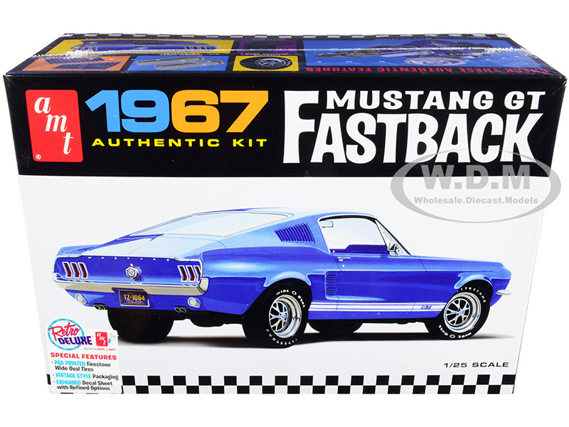 Skill 2 Model Kit 1967 Ford Mustang GT Fastback 1/25 Scale Model AMT AMT1241