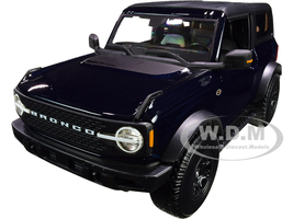 2021 Ford Bronco Wildtrak Dark Blue Metallic Dark Gray Top Special Edition 1/18 Diecast Model Car Maisto 31456