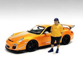 Car Meet 1 Figurine II 1/18 Scale Models American Diorama 76278