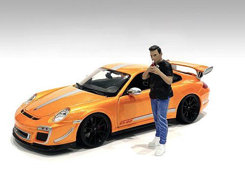 Car Meet 1 Figurine VI 1/18 Scale Models American Diorama 76282