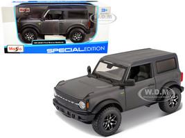 2021 Ford Bronco Badlands Gray Metallic Black Top Special Edition 1/24 Diecast Model Car Maisto 31530