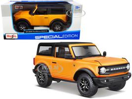 2021 Ford Bronco Badlands Orange Metallic Black Top Special Edition 1/24 Diecast Model Car Maisto 31530