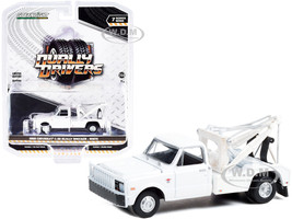 1968 Chevrolet C-30 Dually Wrecker Tow Truck White Dually Drivers Series 7 1/64 Diecast Model Car Greenlight 46070 A
