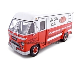 1961 Divco Step Van 70 Red 1/34 Diecast Van Unique Replicas 18530