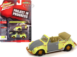 1975 Volkswagen Super Beetle Convertible Berber Yellow Primer Gray Rusted Version Project in Progress Street Freaks Series Limited Edition 7786 pieces Worldwide 1/64 Diecast Model Car Johnny Lightning JLSF020 JLSP145 A