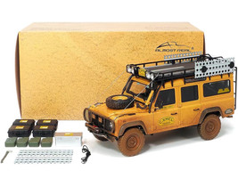 Land Rover Defender 110 Support Unit Roof Rack Accessories Orange Dirty Version Camel Trophy Sabah-Malaysia 1993 1/18 Diecast Model Car Almost Real 810309