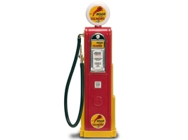 Roar Gilmore Gasoline Vintage Gas Pump Digital 1/18 Diecast Replica Road Signature 98731