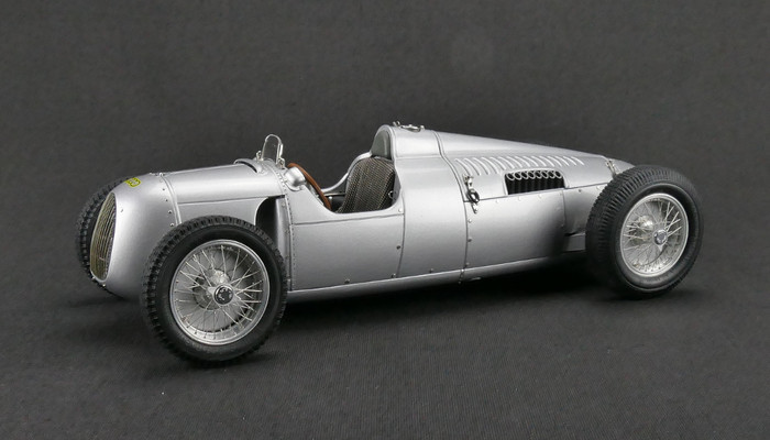 1936-1937 Auto Union Type C Silver 1/18 Diecast Model Car CMC 034