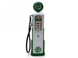 Quaker State Gasoline Vintage Gas Pump Digital 1/18 Diecast Replica Road Signature 98801