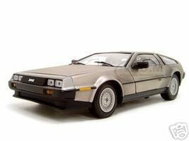 1981 De Lorean DMC 12 Stainless Steel Finish 1/18 Diecast Car Model Sunstar 2701