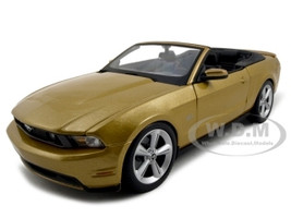 2010 Ford Mustang Convertible Gold 1/18 Diecast Model Car Maisto 31158