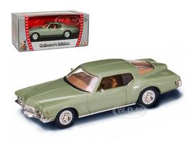 1971 Buick Riviera GS Green 1/43 Diecast Car Model Road Signature 94252