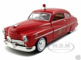 1949 Mercury Fire Chief 1/24 Diecast Model Car Motormax 76418