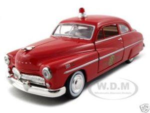 1949 Mercury Fire Chief 1/24 Diecast Model Car Motormax 76418
