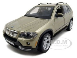 BMW X5 4.8i Champagne 1/19 Diecast Model Car Bburago 12076