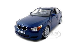BMW M5 Blue 1/18 Diecast Model Car Maisto 31144