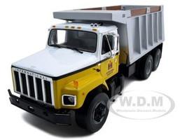 International S Series Dump Truck 1/25 Diecast Model First Gear 40-0190