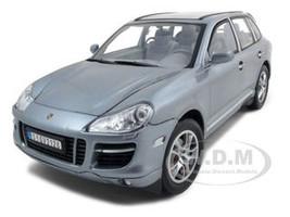 2008 Porsche Cayenne Turbo Silver 1/18 Diecast Model Car Motormax 73179