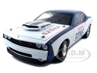 """Dodge Challenger Super Stock """"Color Me Gone"""" 1 of 3000 Made 1/18 Diecast Model Car Highway 61 50767"""