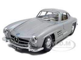 1954 Mercedes Benz 300 SL Gullwing Silver 1/24 Diecast Model Car Bburago 22023