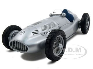 1939 Mercedes W 165 Silver 1/18 Diecast Car Model CMC 018