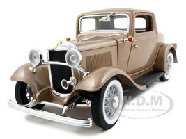 1932 Ford 3 Window Coupe Gold 1/18 Diecast Car Road Signature 92248