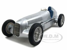1934 Mercedes W25 Silver 1/18 Diecast Model Car CMC 033
