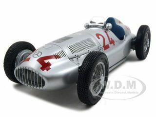 1939 Mercedes W 165 #24 Grand Prix of Tripolis 1 of 5000 Produced 1/18 Diecast Car Model CMC 074