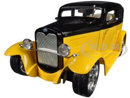 1931 Ford Model A Sedan Yellow/Black 1/18 Diecast Car Road Signature 92848
