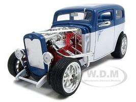 1931 Ford Model A Custom Blue/White Custom 1/18 Diecast Car Road Signature 92849