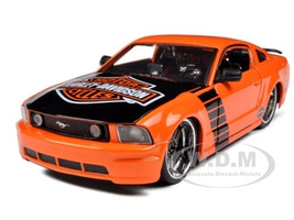 2006 Ford Mustang GT Harley Davidson Orange 1/24 Diecast Model Car  Maisto 32169