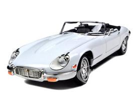 1971 Jaguar E Type Convertible White 1/18 Diecast Model Car Road Signature 92608