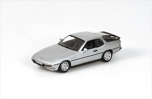 1984 Porsche 924 Silver 1/43 Diecast Model Car by Minichamps